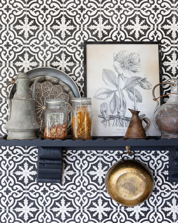 Casa Bohemia kitchen shelf